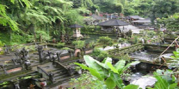 tampaksiring, holy spring water temple