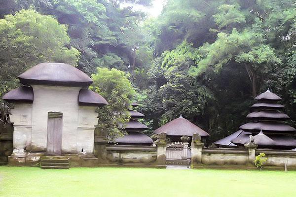alas kedaton temple bali