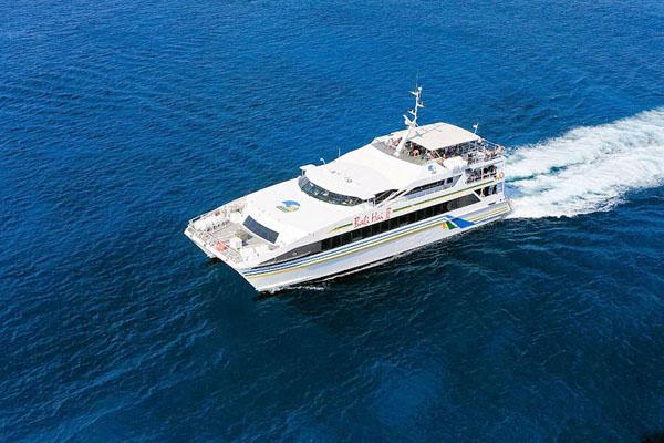 bali hai cruises, lembongan cruise, luxury catamaran