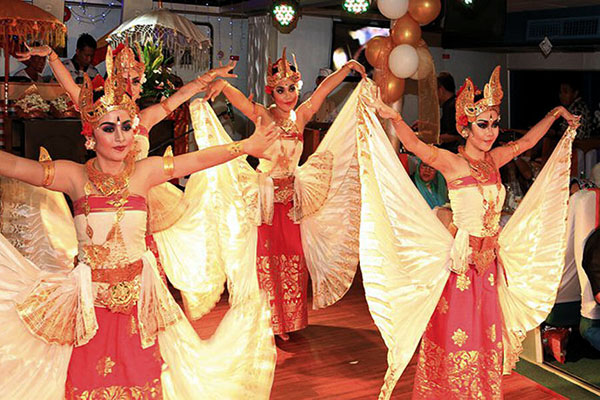 Balinese dance show while sunset dinner cruise