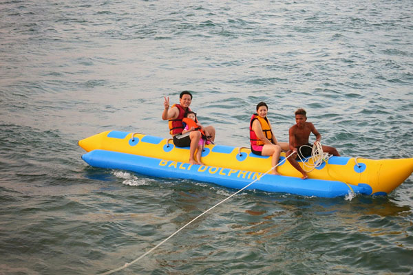 Banana Boat Ride by Dolphin Water Sports
