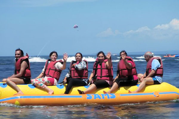banana boat ride, tirta harum watersports