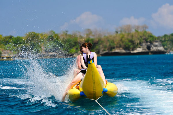 banana boat, water sports, nusa lembongan
