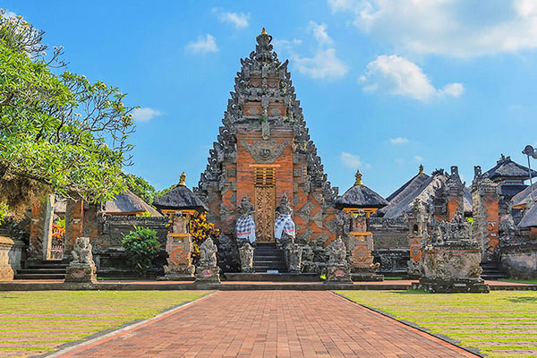 Batuan Historical Temple