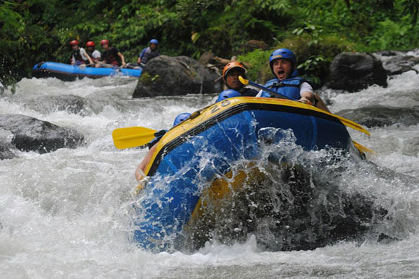 rafting, telaga waja, white water rafting, sobek bali adventure