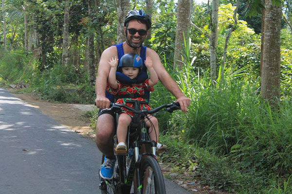 baby seat, kintamani cycling tour