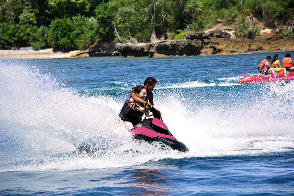 Jet Skiing in Lembongan with Bounty Bali