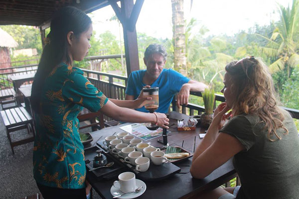 light breakfast, coffee plantation