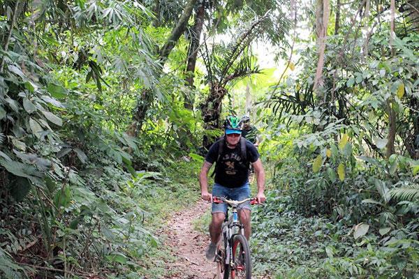 Luwus village, bali moon bike