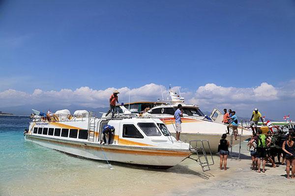 marina srikandi, fast boat