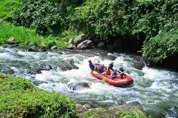 Melangit River Rafting at Bakas Villange