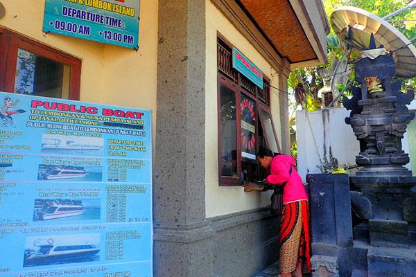 public boat counter in sanur bali