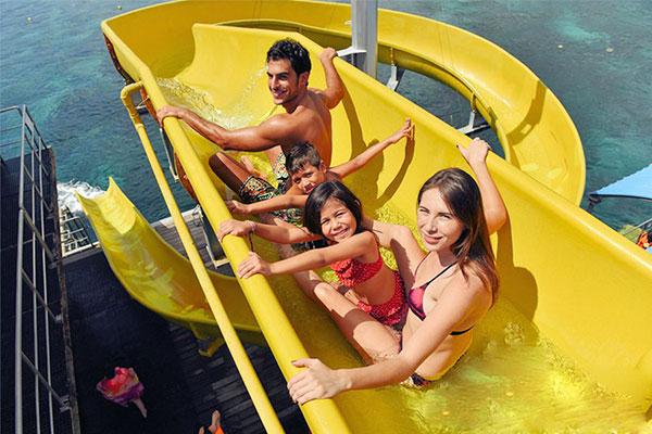 water slide at quicksilver cruise bali