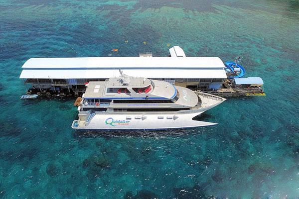 quicksilver cruise, view of pontoon nusa penida