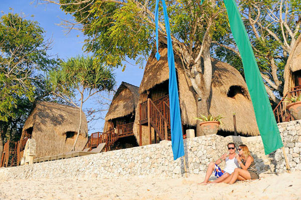 private beach club, lembongan island