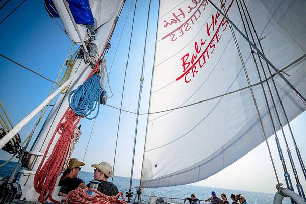 sailing cruises to lembongan island, bali hai cruises
