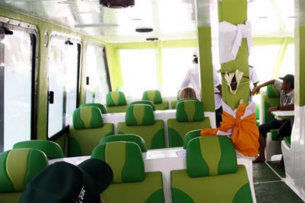 scoot fast boat interior view
