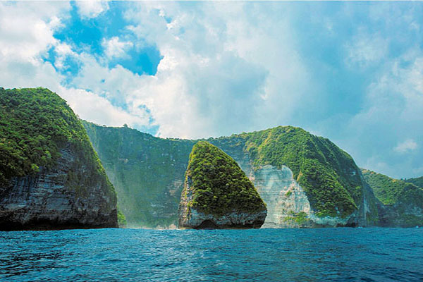 The Breathtaking View of Nusa Penida Island