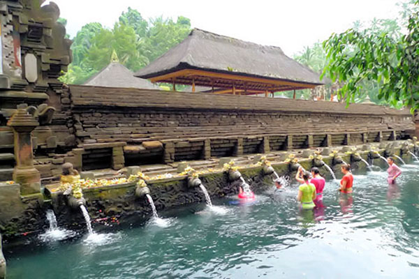 tirta empul temple, bali holy spring water temple