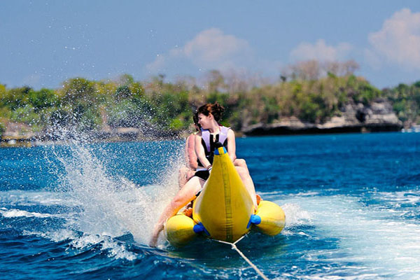 unlimited banana boat, lembongan island, beach club cruise